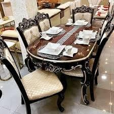 Royal dining table - 8 seaters