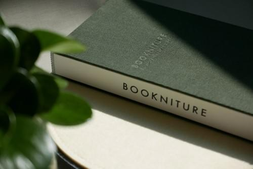 BOOKNITURE