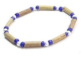 Bois de noisetier 4mm, perles bleues et argentées
