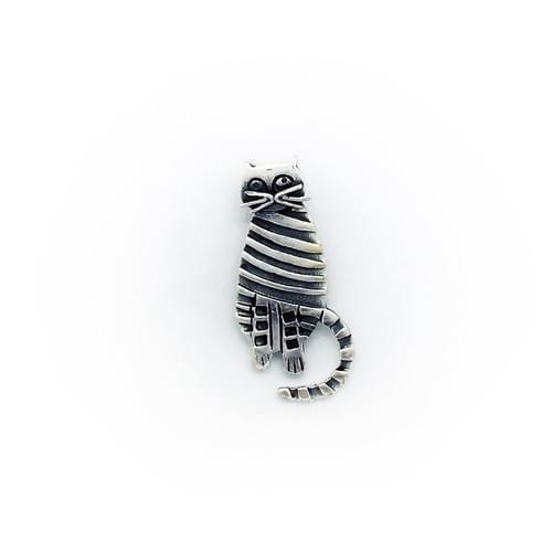 Cica  (Cikkszám: 41425)