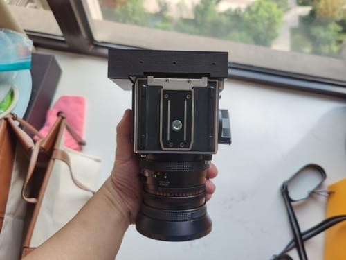 Hasselblad instax back(can focus infinitely)