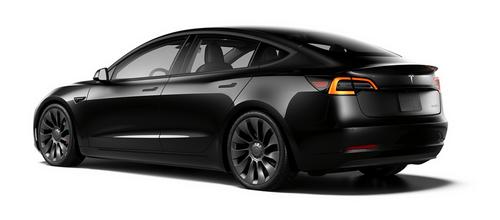 2021 Model 3 Performance - Shadow - disponible à partir du 26 février 2022