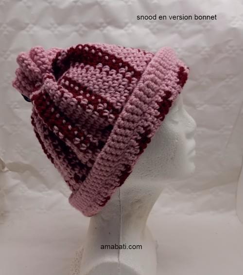 Snood transformable en bonnet