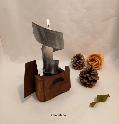 Bougeoir en bois et métal