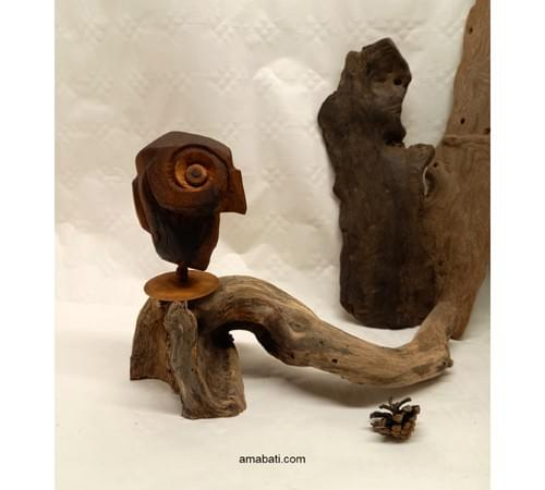 Chouette en bois d'olivier et buis