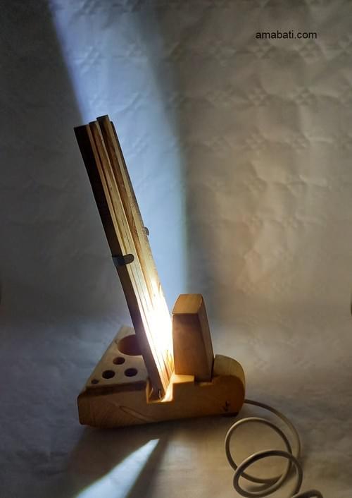 Lampeéventail en bois (avec câble USB) .