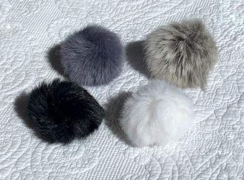Small Angora - 4 colours