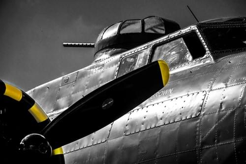 0088 B17 Flying Fortress close up