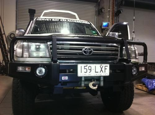Toyota Land Cruiser 100 GX Series