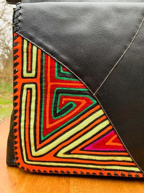 Black Leather Mola Bag