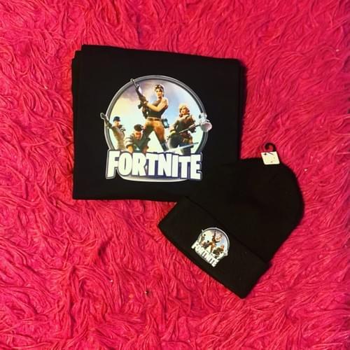 FortNite Shirt & Beanie Set