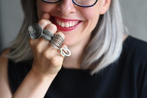Minden ujjadra találsz gyűrűt