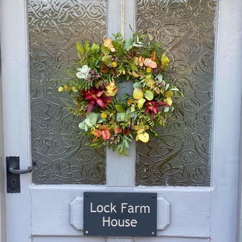 Autumnal 12 inch Door Wreath (Fresh flowers & foliage)
