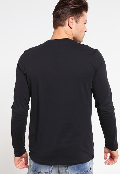 Camiseta Lyle & Scott de Manga Larga Negra