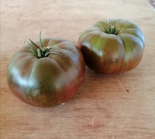 Tomates noires de crimées au Kg