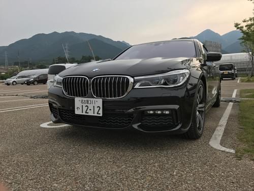 BMW 車両本体価格(税込)