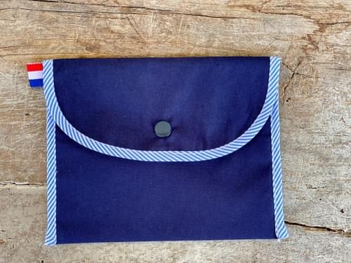 Pochette à masques - rayures bleues