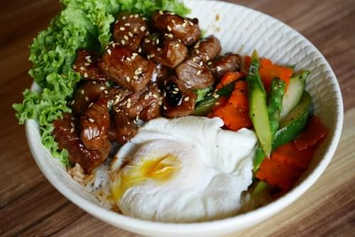Teriyaki Beef Cube w/ Onsen Egg Rice Bowl