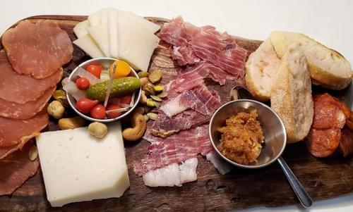 ViVa Espana Cheese / Charcuterie Board