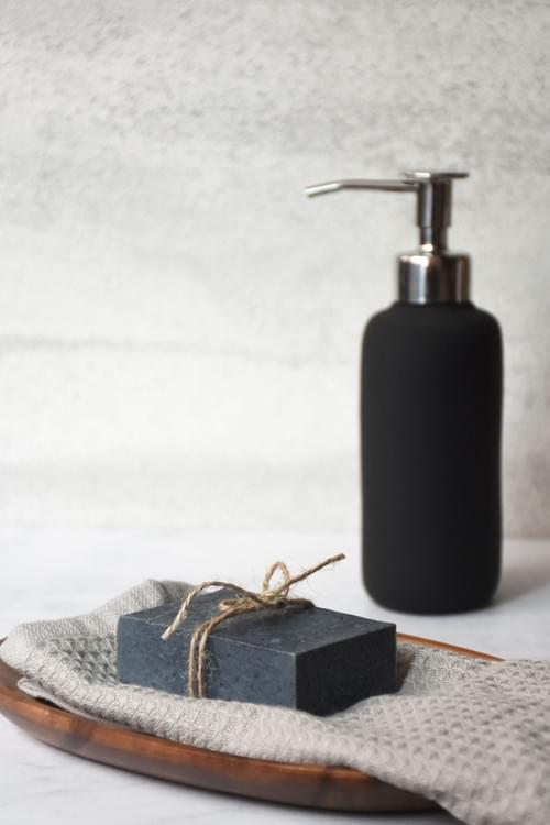 官田烏金 菱殼炭手工皂