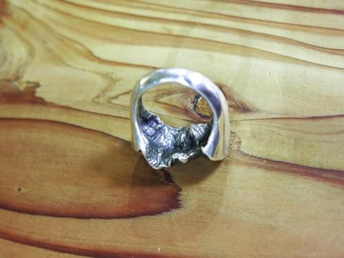 玉山戒指 / Jade Mountain Ring