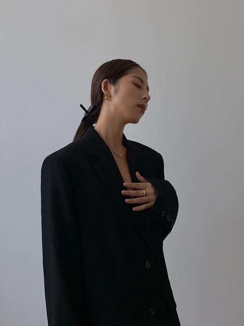 Black suit coat female 2021 spring and autumn new Korean version of loose retro casual slim suit