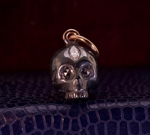 Third eye skull pendent