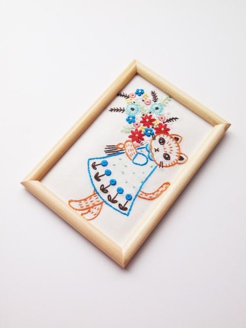 刺繍2回目〜初級:花束猫の刺繍絵を作ろう(じっくり3回からコース、キットつき)