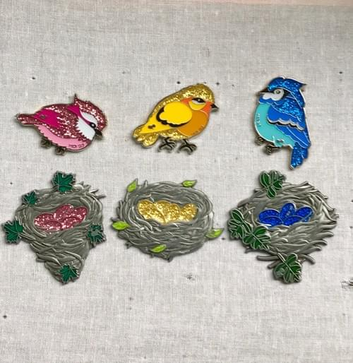 Bird & Nest Pin Set