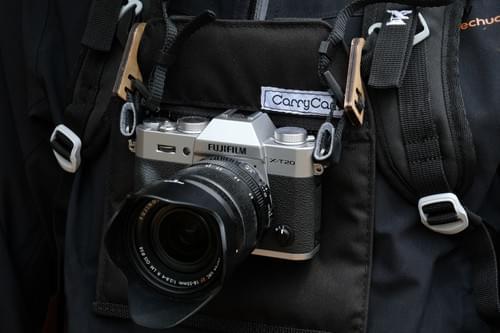 Pochette et/ou paire de crochets Carrycam - Carrycam pocket and/or hooks