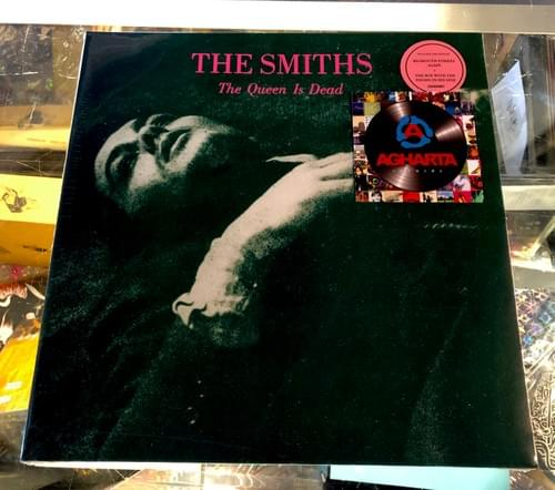 The Smiths - The Queen Is Dead LP On Vinyl [IMPORT]
