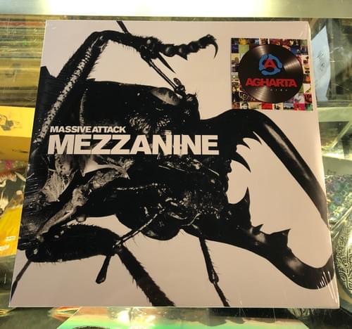 Massive Attack - Mezzanine 2XLP On Vinyl [IMPORT]
