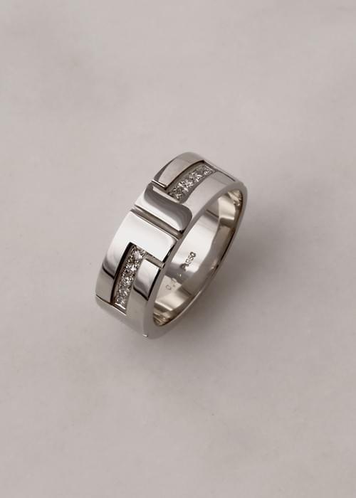 IINA/  プラチナ+ダイヤモンド