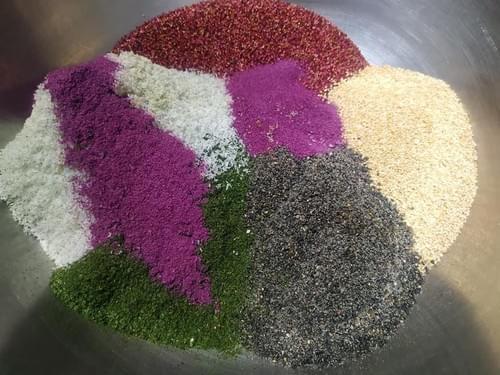 拌飯必備:紅藜香鬆 超過10種天然食材入味