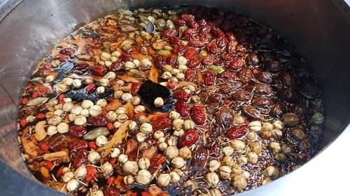 拌麵必備:手工麻辣醬|超過20種漢方中藥熬煮