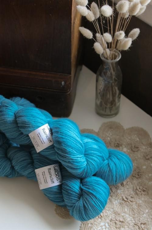 Raincliff Yarn – Ebb Tide Colourway
