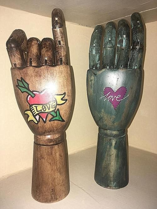 Articulated Hands gifts to express your mood