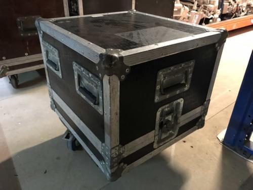 Flightcase type cloche
