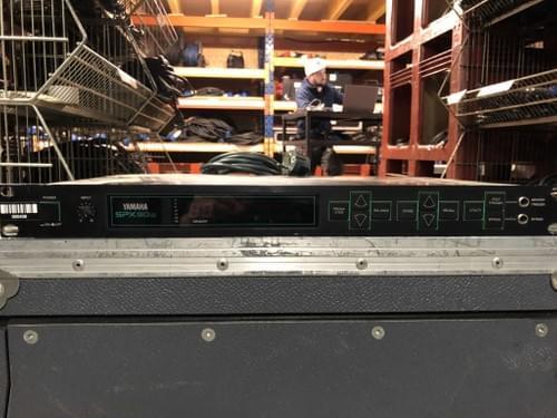 Processeur multi-effets YAMAHA SPX 90 II