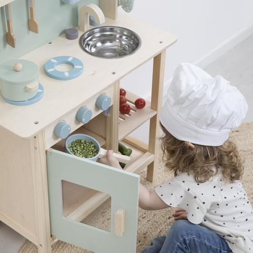 Cuisine en bois et ses accessoires