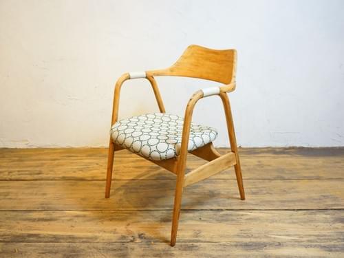 minaperuhonenn tanbarinn Eiger vintage chair