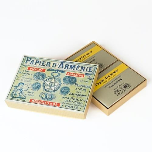 1900 Box with 12 booklets