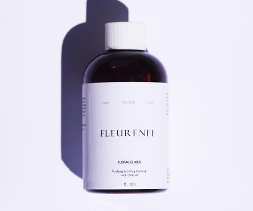 Purifying Soothing Foaming face cleaner