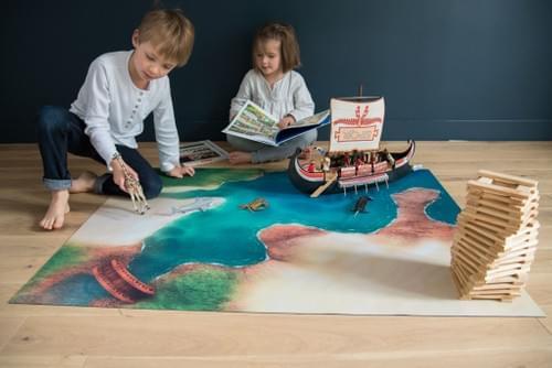 """Tapis de jeu """"Crique Mystérieuse"""" 120 x 90 cm (01CM120A)"""