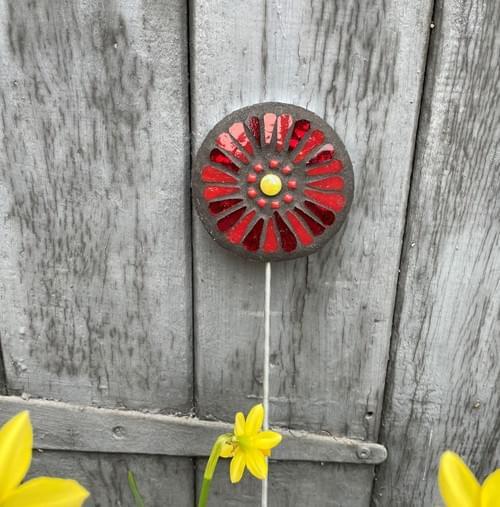 Orbital Garden Stake (50 cms) Red