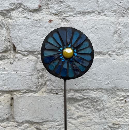 Orbital Garden Stake (50 cms) Teal Blue