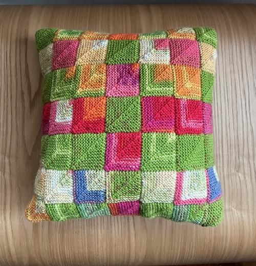 10 inch Handknitted Mosaic Cushion (DKC10/05)