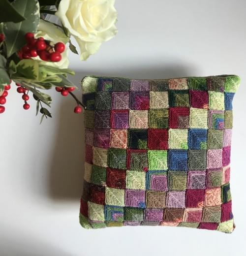 14 inch Handknitted Mosaic Cushion (DKC14/07)