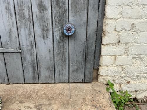 Orbital Flower Garden Stake (50 cms) Pearlescent Turquoise