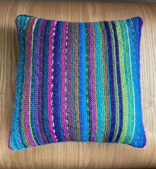 10 inch Handknitted Mosaic Cushion (DKC10/04)